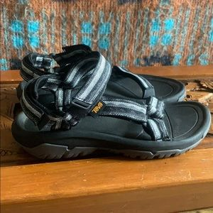 Women's Teva Hurricane XLT2 sandal; worn once